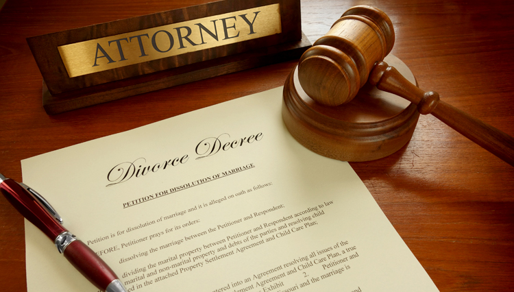 Picture of divorce paper and gavel